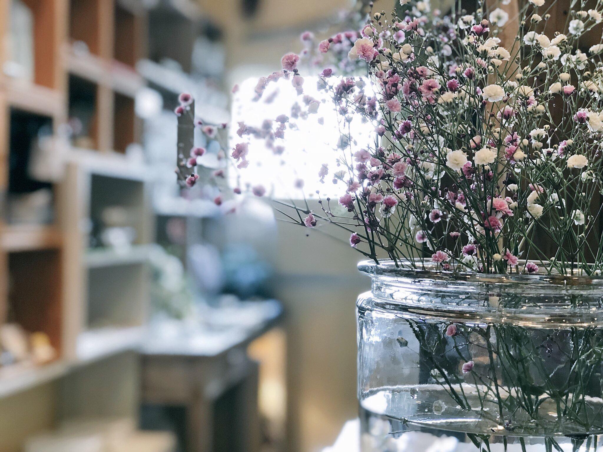 お花 cafe店内
